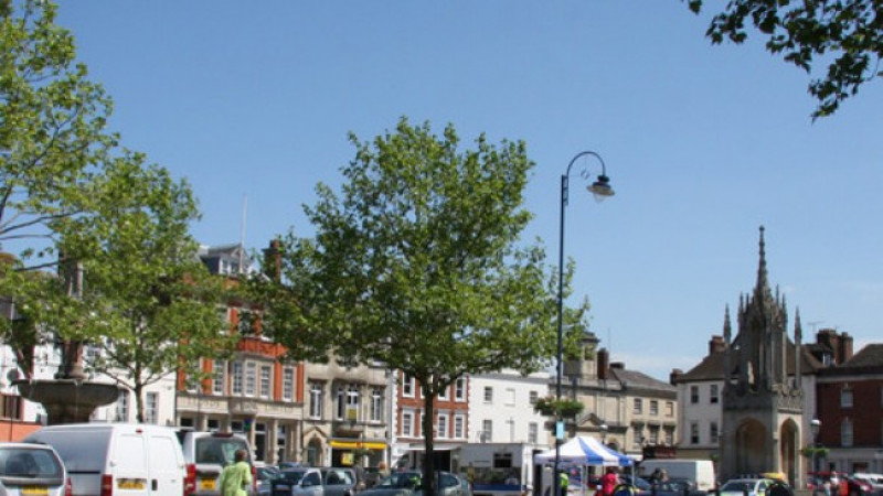 Devizes Market Place - parking charges come into force while future use decided